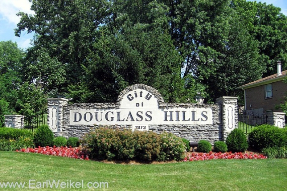 Douglass_Hills_Louisville_KY_Houses_and_Condos_For_Sale_40243