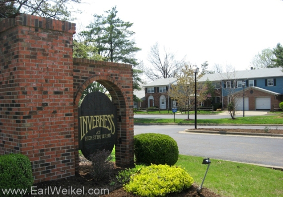 Inverness_at_Hurstbourne_Condominiums_Condos_For_Sale_Louisville_KY_40222_off_Linn_Station_Rd