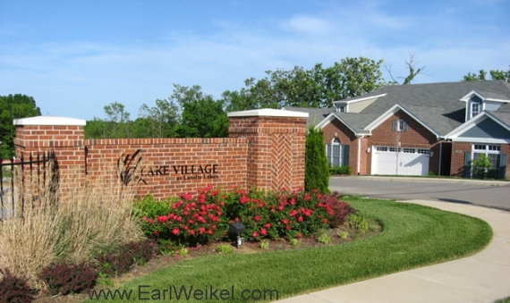 Lake Village at Landis Lakes Louisville KY Condos For Sale 40245 off English Station Rd